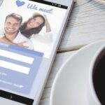 How to Date on Facebook: 10 Ways to Find the Love of Your Life