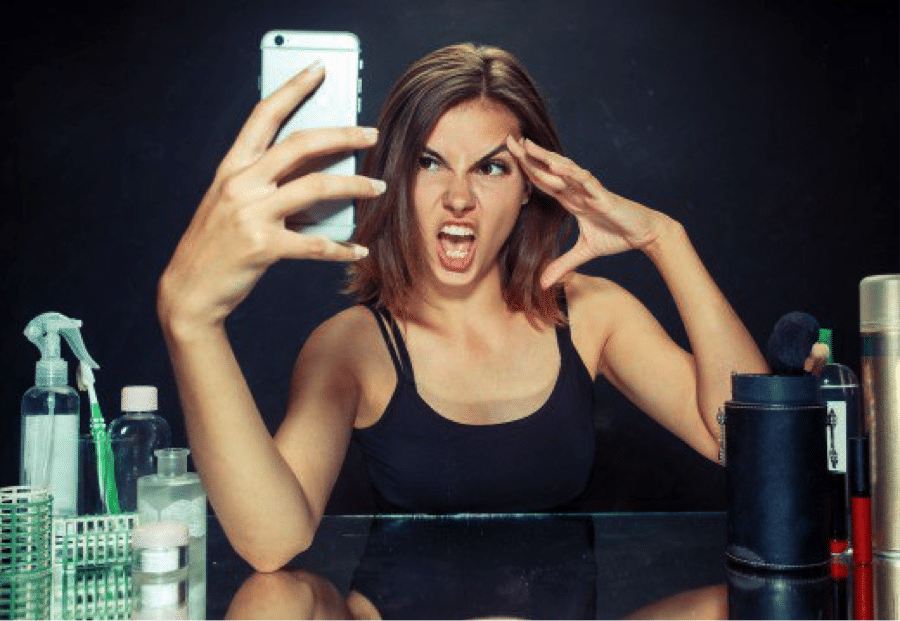 woman taking a bad selfie